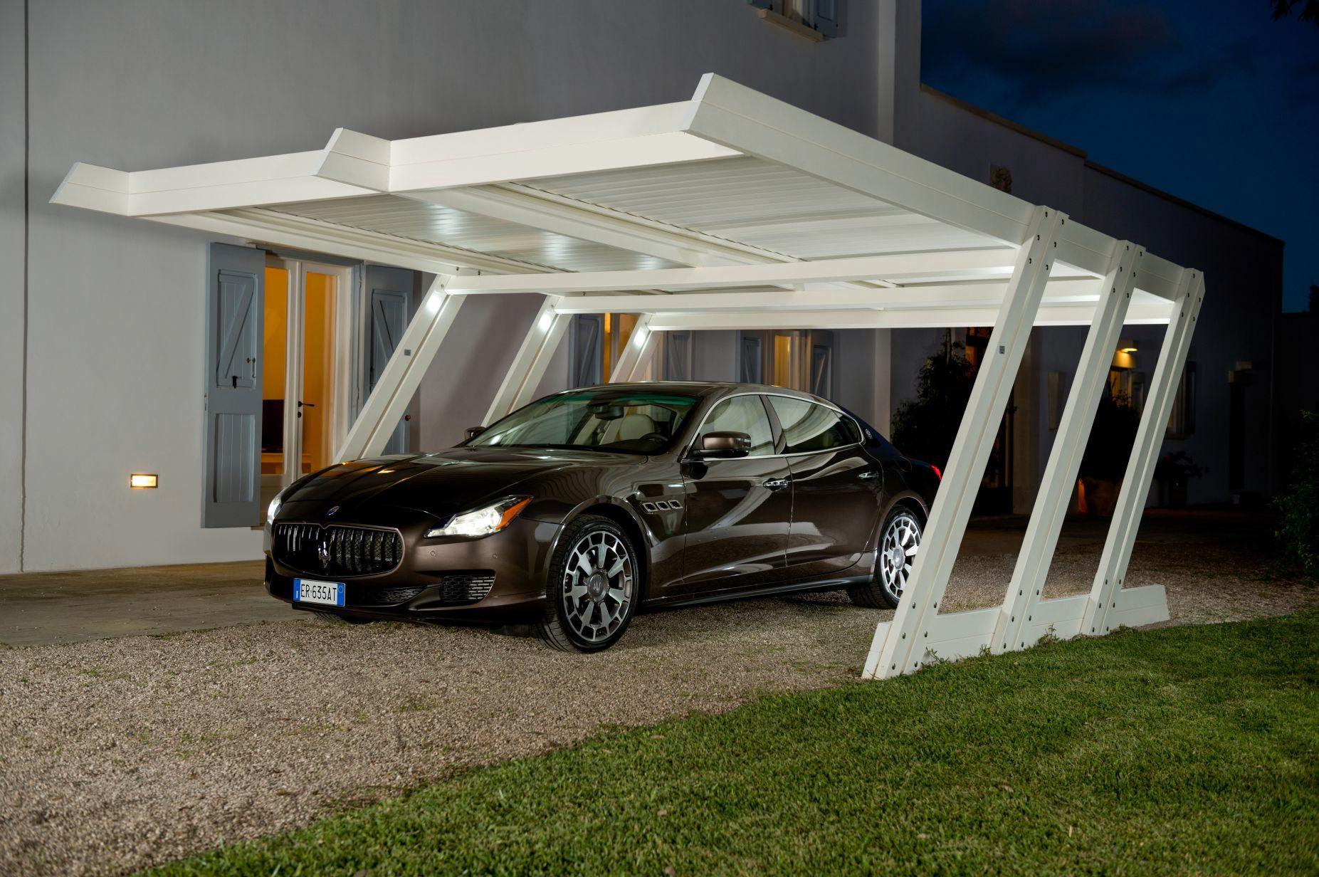 Carport Z Design sous éclairage autonome