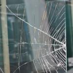 verre feuilleté cassé